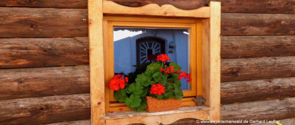 Luxus Chalets Bayerischer Wald Holzhaus Fenster in Ferienvilla