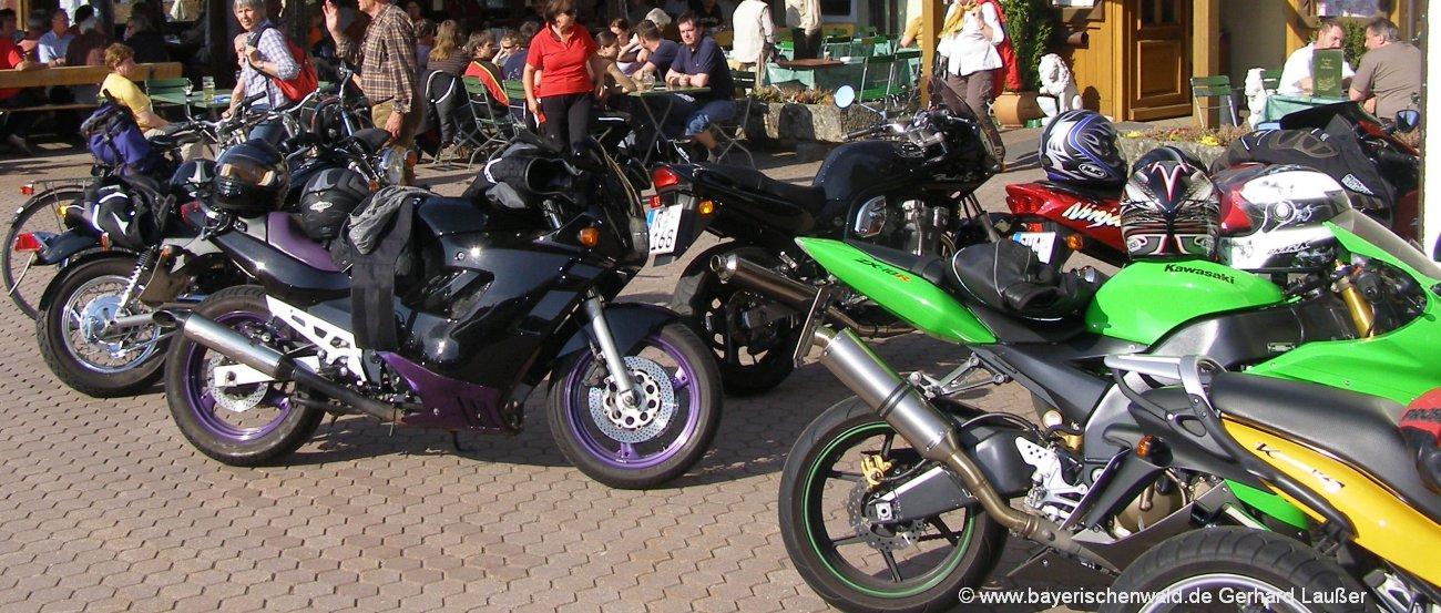 Motorradhotels und Bikerpensionen im Bayerischen Wald