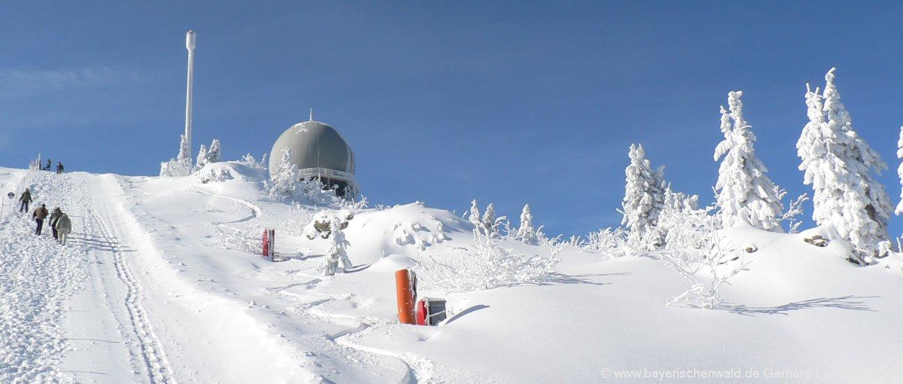 Winterurlaub Bayerischer Wald Skifahren im Skigebiet Arber